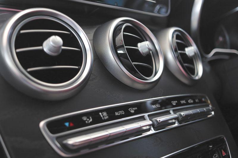 Equipamentos que desvalorizam o veículo - Carros sem ar-condicionado - Pixabay - Pixabay/Garagem 360/ND