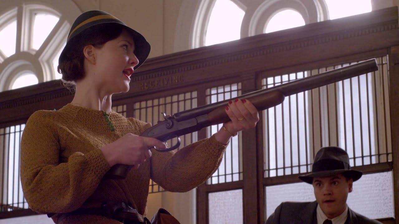 Bonnie & Clyde (2013) – Um ladrão e uma garçonete de uma cidade pequena embarcam na mais famosa série de assaltos a bancos de todos os tempos. - Crédito: Divulgação/33Giga/ND