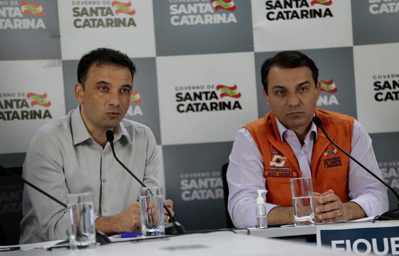 Secretário Helton Zeferino e governador Carlos Moisés estarão em entrevista coletiva – Foto: Mauricio Vieira/ND