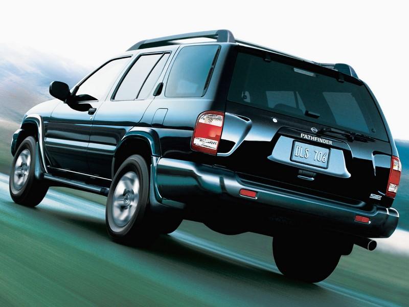 Nissan Pathfinder: algumas unidades produzidas entre 2001 e 2004 foram chamadas por conta dos airbags mortais da Takata. O texto completo está aqui: http://bit.ly/2UTr483 - Foto: Divulgação - Foto: Divulgação/Garagem 360/ND