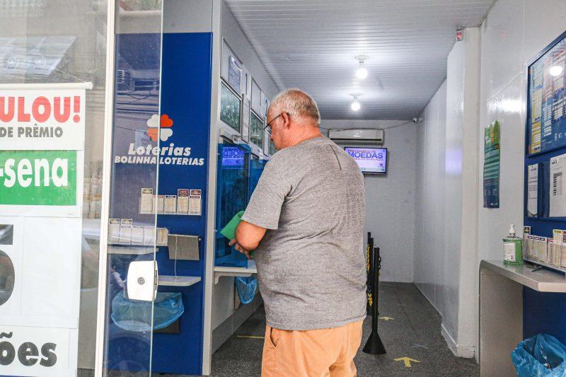 Já a reabertura das lotéricas foi mais tímida durante a manhã, com varias agências ainda fechadas. - Anderson Coelho/ND