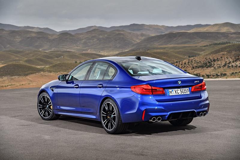 BMW M5: a marca alemã convocou unidades fabricadas em 2019 do sedã esportivo por um problema no chicote elétrico da transmissão. O texto completo está aqui: http://bit.ly/38t1zi6 - Foto: Divulgação - Foto: Divulgação/Garagem 360/ND