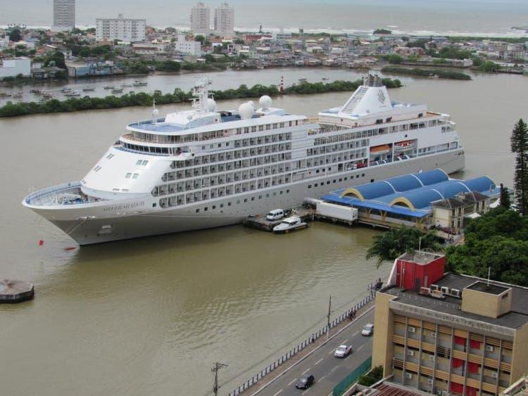 Navio em Itajaí