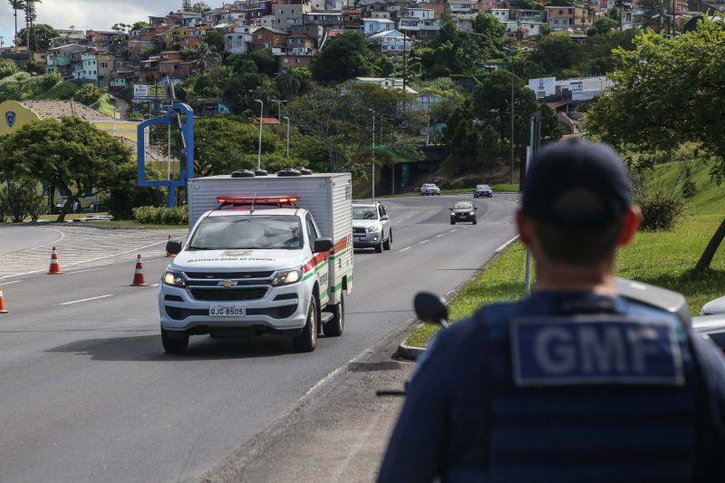 Guarda Municipal manteve o processo de fiscalização de acesso à Ilha de Santa Catarina, na entrada da Ponte Pedro Ivo. - Anderson Coelho/ND