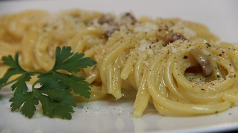 Spaghetti alla Carbonara, um prato romano – Foto: João Lombardo/ND