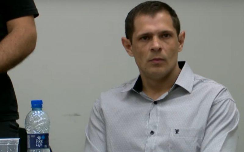 Everton Balbinott de Souza durante o julgamento – Foto: Reprodução/BG Blumenau/ND