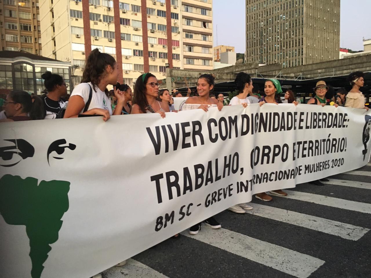 Marcha reuniu diversas mulheres no Centro de Florianópolis - Linete Martins/Divulgação/ND