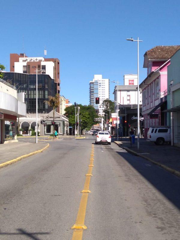 Com lojas fechadas, Centro da cidade amanheceu com pouca movimentação - Sabrina de Aguiar/NDTV