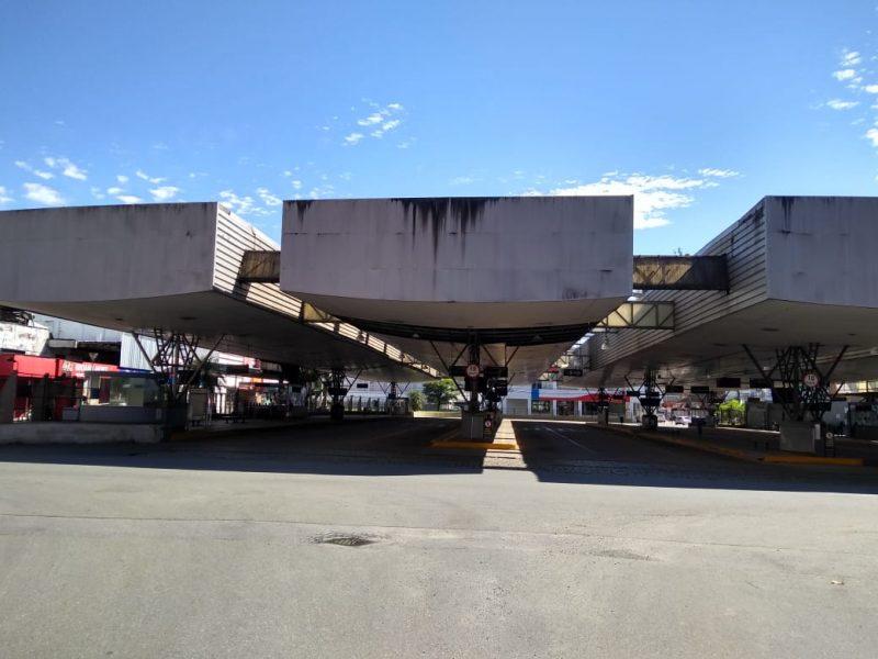 Com suspensão por sete dias do transporte urbano, Terminal Central estava vazio nesta quinta - Sabrina de Aguiar/NDTV