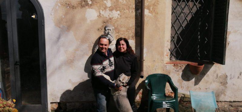 O casal Ignesti e Simona. Ele trabalhava com antiguidades e ela, atuava como guia turística – Foto: Divulgação/ND