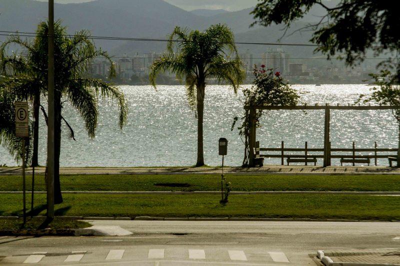 Beira Mar Norte, no primeiro domingo (22) de quarentena - Flavio Tin/ND