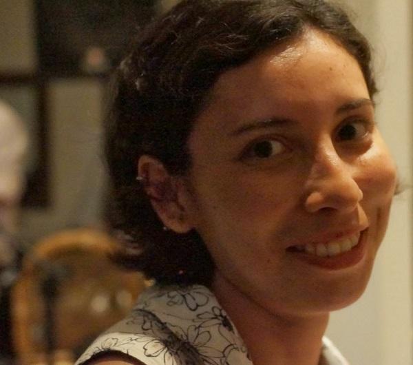 A astrofísica Natalia Vale Asari foi premiada pela Sociedade Brasileira de Física – Foto: Arquivo pessoal/Divulgação/ND