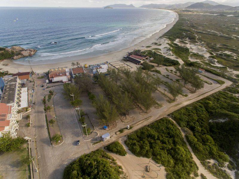 Praia da Joaquina, domingo, 22 de março de 2020. Tempos de coronavírus. - Flávio Tin/ND