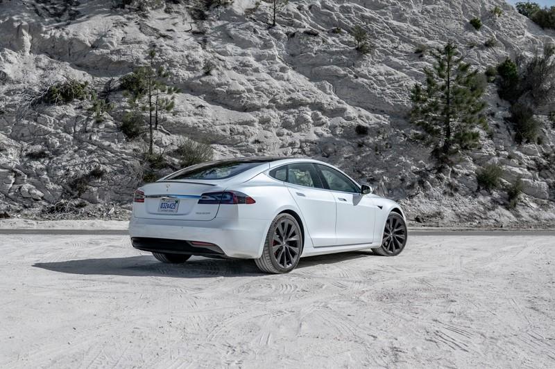 Tesla Model S (2012) - Foto: Divulgação/Tesla/Garagem 360/ND