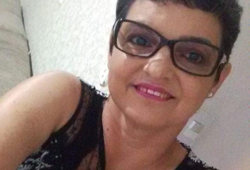 Marlise Safanelli, 49 anos, morreu na madrugada do dia 6 de abril, no Hospital São José, em Jaraguá do Sul. Moradora de Massaranduba, Marlise chegou ao hospital com quadro de doença respiratória avançada. Confira a reportagem completa: https://bit.ly/3egsvoB - Arquivo Pessoal/Divulgação/ND
