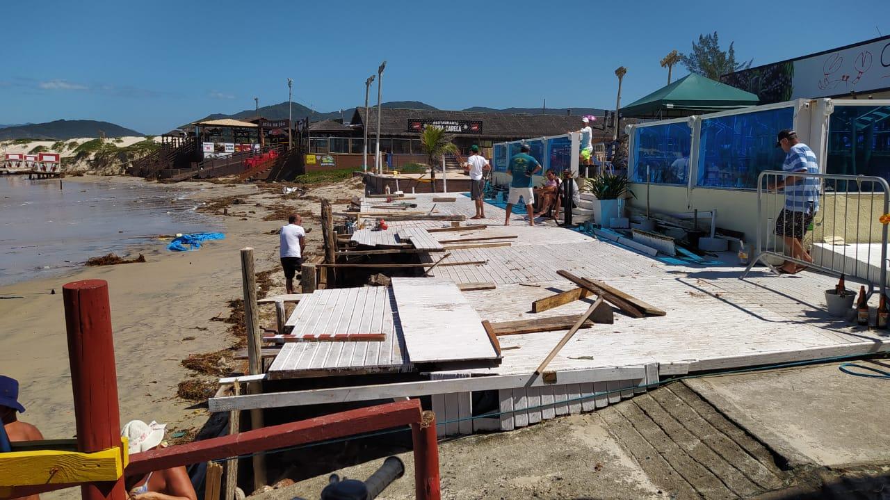 Orla de Florianópolis foi atingida por ciclone, que causou estragos - Defesa Civil Florianópolis (4)