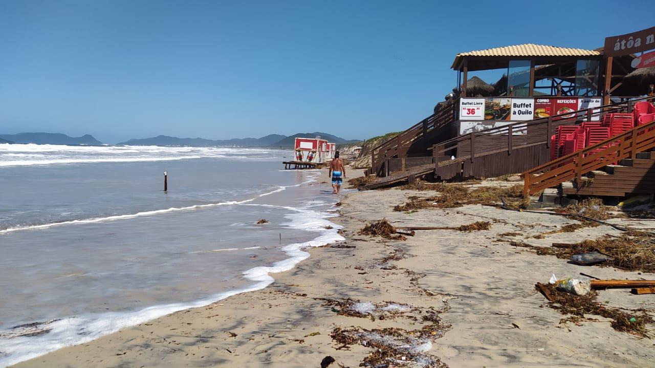 Orla de Florianópolis foi atingida por ciclone, que causou estragos - Defesa Civil Florianópolis (7)