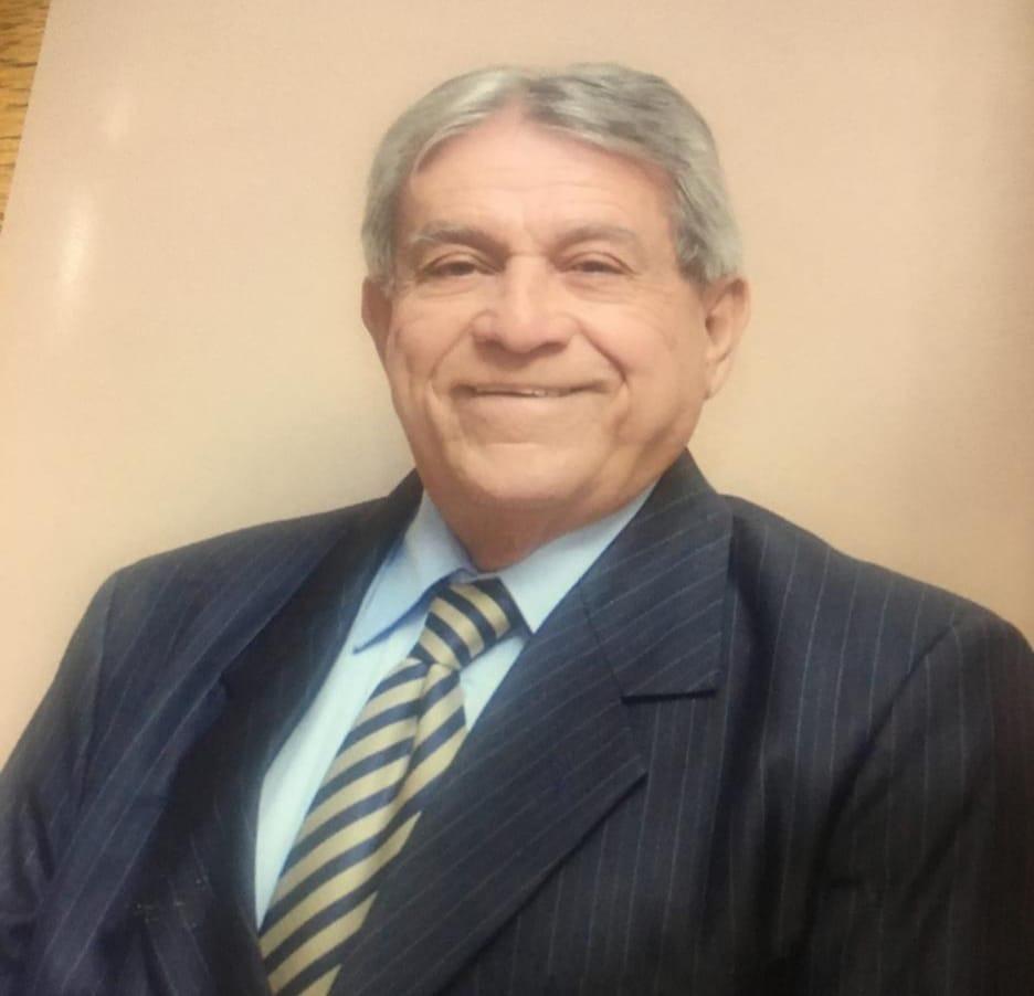 O empresário Oscar Vitor das Neves, de 71 anos, foi o primeiro morador de Gravatal, no Sul do Estado, a morrer em decorrência da infecção por coronavírus. Ele foi internado no HNSC (Hospital Nossa Senhora da Conceição), em Tubarão, no dia 5 de abril. No dia seguinte ele foi transferido para a UTI (Unidade de Terapia Intensiva), e morreu no dia 4 de maio. Ele apresentava comorbidades. - Reprodução Facebook/ND