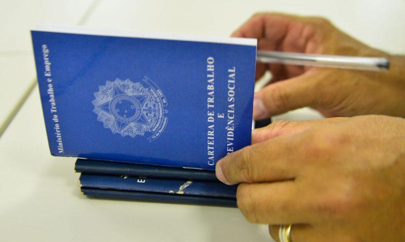 Pessoas e empresas podem se inscrever até sexta-feira (11) no Balcão de Empregos – Foto: Marcelo Casal/ABR/ND