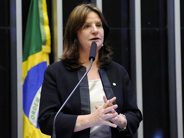 A enfermeira Carmen Zanotto, agora é deputada federal licenciada e aceitou o terceiro convite para assumir a gestão da SES – Foto: Câmara dos Deputados/divulgação/ND