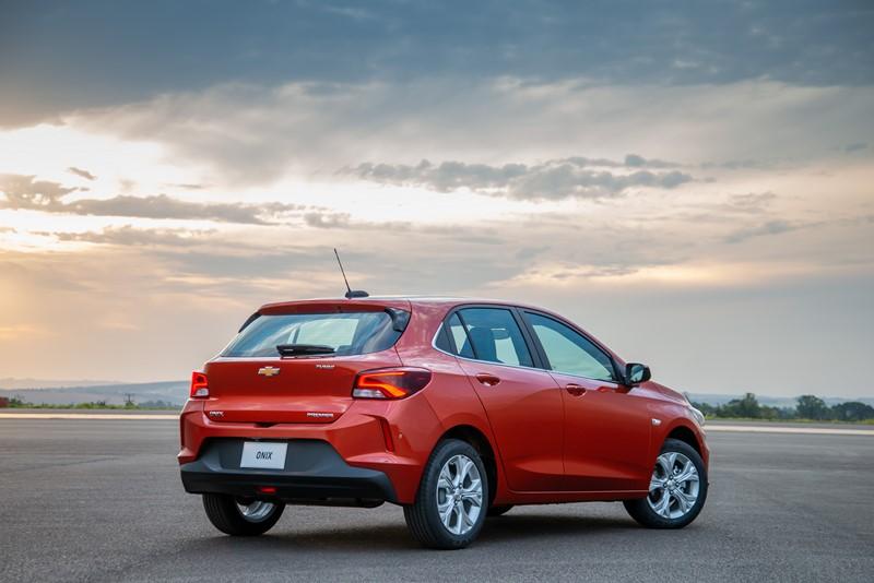 1º- Chevrolet Onix: 3.619 unidades - Foto: Divulgação/Chevrolet/Garagem 360/ND