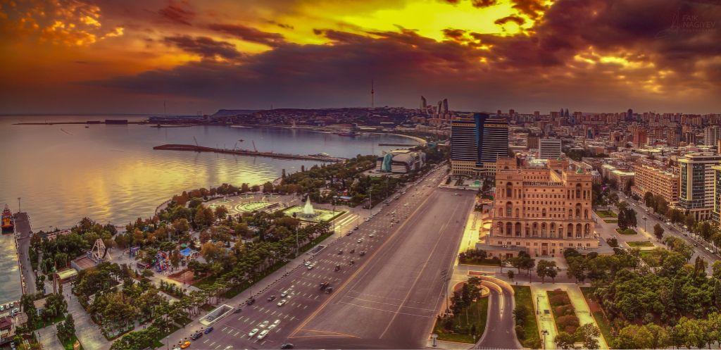 Azerbaijão, Baku - Pixabay - Pixabay /Rota de Férias/ND