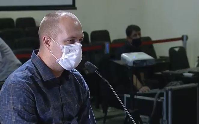 Leandro Adriano de Barros, ex-secretário de Saúde de Biguaçu, e advogado de Douglas Borba – Foto: Reprodução/TVAL