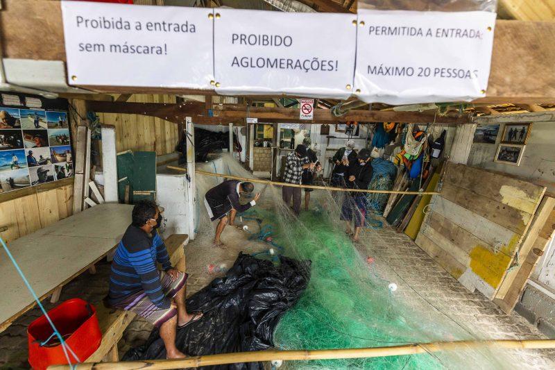 Autorizada através da Portaria 243/2020, a pesca da tainha já começou. Por conta do coronavírus, algumas medidas foram adotadas nos ranchos espalhados pelo Estado - Anderson Coelho/ND