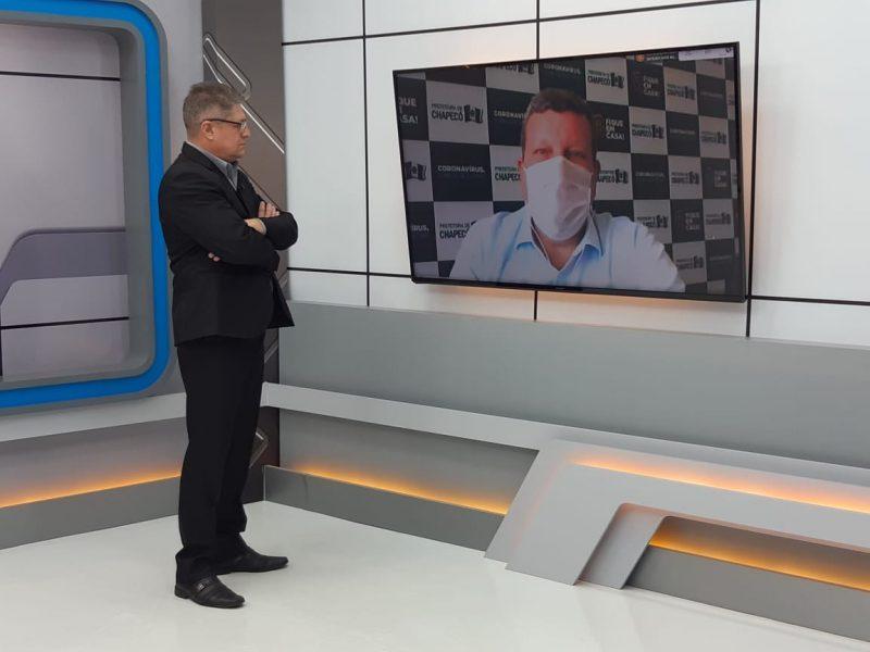 Entrevista foi feita ao vivo pelo jornalista Eduardo Prado – Foto: Alexandre Madoglio/NDTV