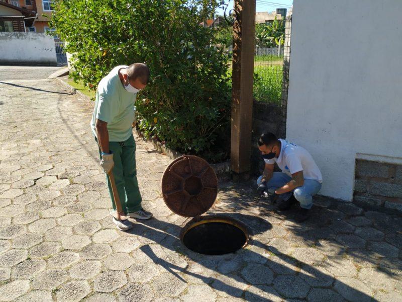 Redes de esgoto próximo da orla foram conferidas – Foto: PMF/Divulgação/ND