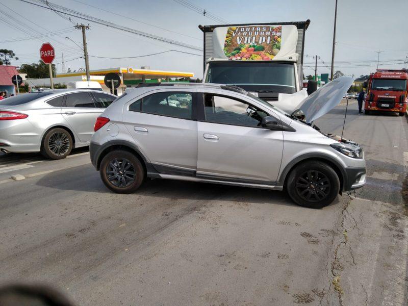 Idoso de 69 anos morreu em acidente envolvendo carro e caminhão em Rio Negrinho – Foto: Bombeiros Militares