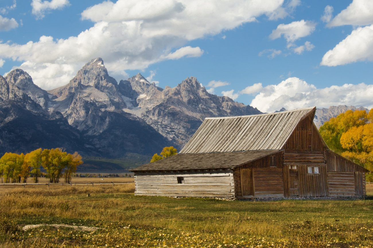 Jackson Hole - Photo by Aleesha Wood on Unsplash - Photo by Aleesha Wood on Unsplash/Rota de Férias/ND