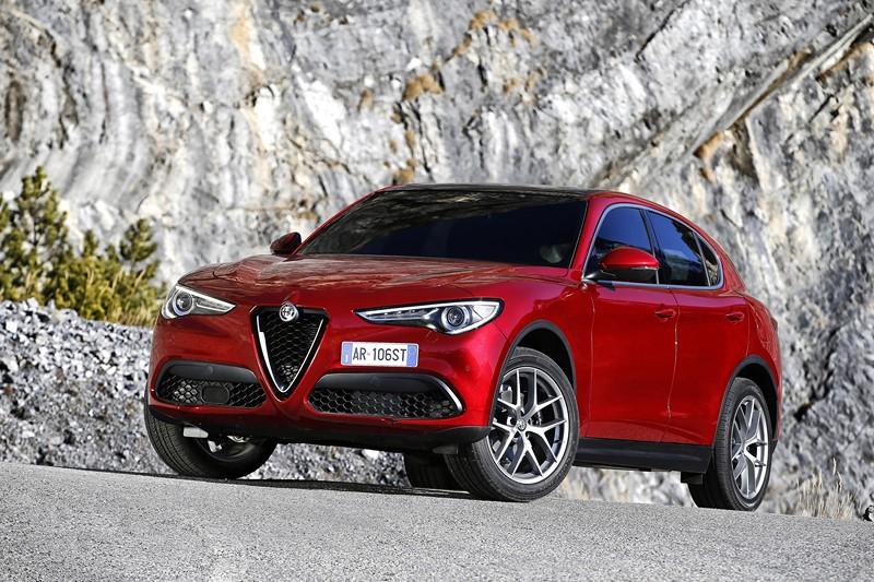 Alfa Romeo Stelvio - Foto: Divulgação/Alfa Romeo/Garagem 360/ND