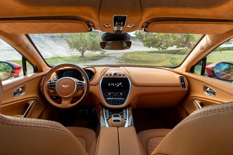 Aston Martin DBX - Foto: Divulgação/Aston Martin /Garagem 360/ND