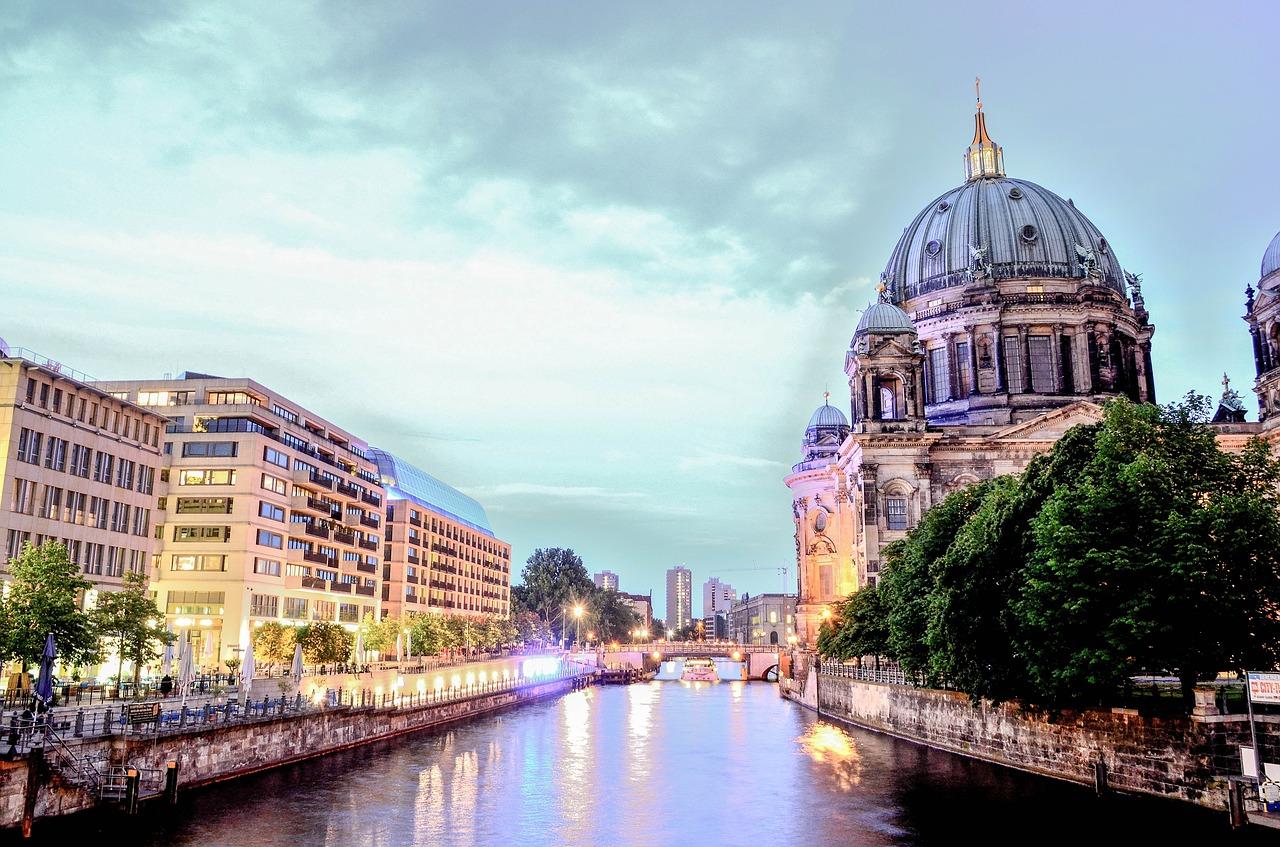 Covid-19 pelo mundo: Berlim e Zurique vivem cenários parecidos - https://bit.ly/2WY4E57 - Pixabay - Pixabay/Rota de Férias/ND