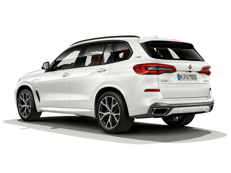 BMW X5 - Foto: Divulgação/BMW/Garagem 360/ND