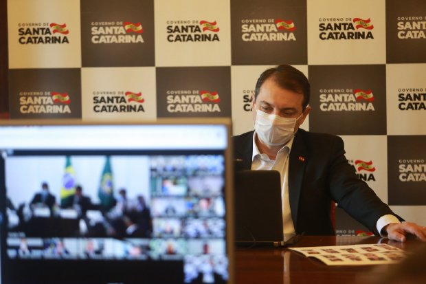 Moisés participou de videoconferência com Bolsonaro – Foto: Julio Cavalheiro/Secom