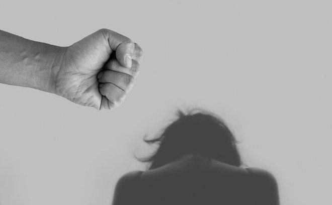 Homem que agrediu namorada alegando ciúmes já tem oito registros na polícia contra ele – Foto: Pixabay