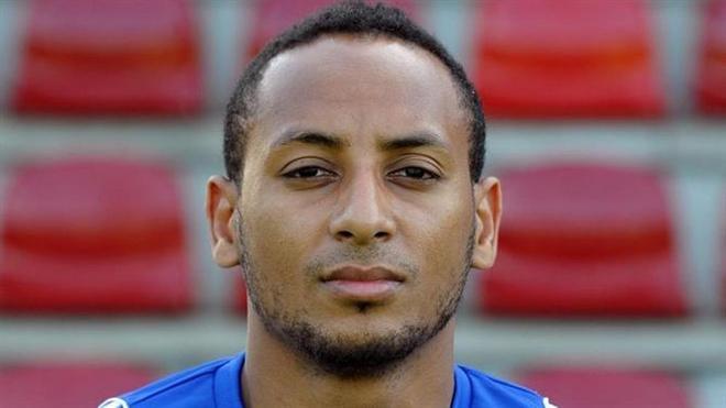 Trata-se de Hiannick Kamba, jogador revelado nas categorias de base do Schalke 04, da Alemanha e com passagem também por diversos clubes menores do país - Reprodução/Facebook