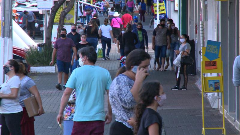 Movimento de pessoas nas ruas durante a pandemia – Foto: Divulgação/ND