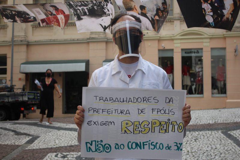 Em maio servidores municipais fizeram protesto contra o projeto da Previdência na frente da Câmara da Capital – Foto: Gabriel Rosa/Divulgação/ND