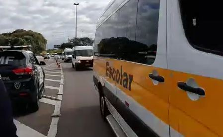 Vans escolares estão sem trabalhar desde março de 2020 – Foto: Divulgação/ND