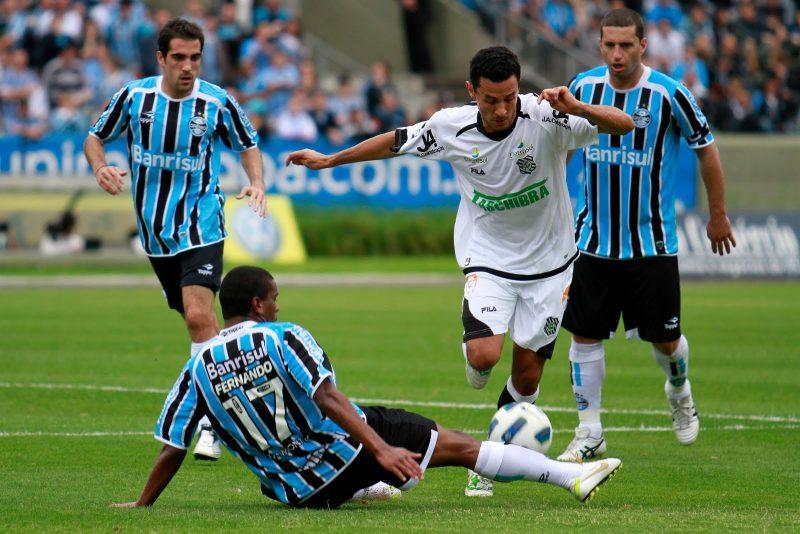 12/10/2011: A campanha histórica do Figueirense na Série A de 2011 ficou marcada por uma grande vitória contra o Grêmio, em pleno Estádio Olímpico, pelo placar de 3 a 1 - Richard Ducker e Itamar Aguiar (Grêmio FBPA)