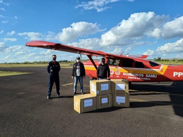 Mesmo com estes transportes, as aeronaves continuam atuando em emergências aeromédicas – Foto: Divulgação/CBMSC