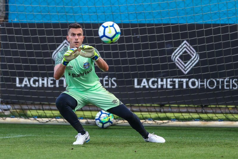 As a curiosity, Grêmio could try to repatriate twice - hypothetically - goalkeeper Marcelo Grohe, currently at Al Ittihad in Saudi Arabia. According to the Transfermarket portal, the athlete's market value is around 1.20 million euros, about R $ 7.36 million - Lucas Uebel / Gremio FBPA / ND