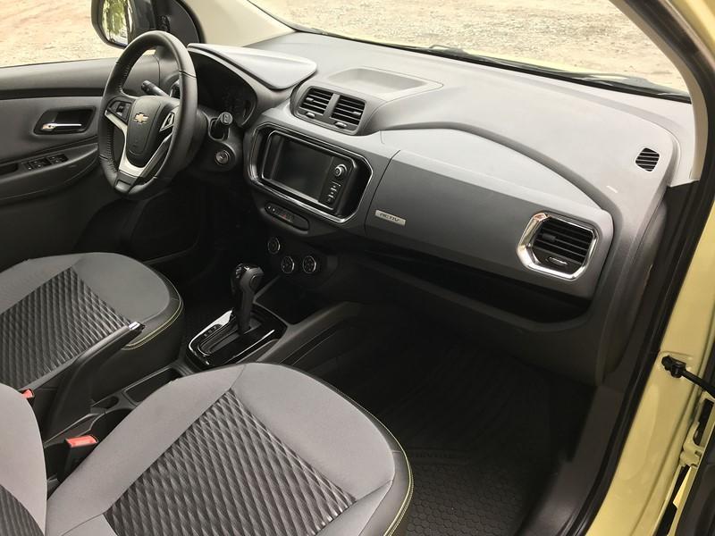 Detalhe do painel da Chevrolet Spin Activ7 2019 - Foto: Leo Alves/Garagem360/Garagem 360/ND