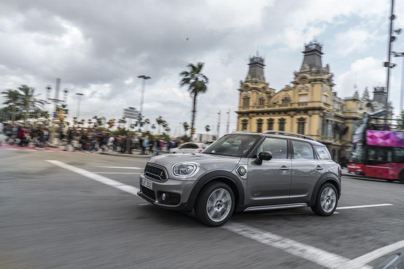 MINI lança loja virtual para vender carros pelo Instagram - Foto: Divulgação/MINI