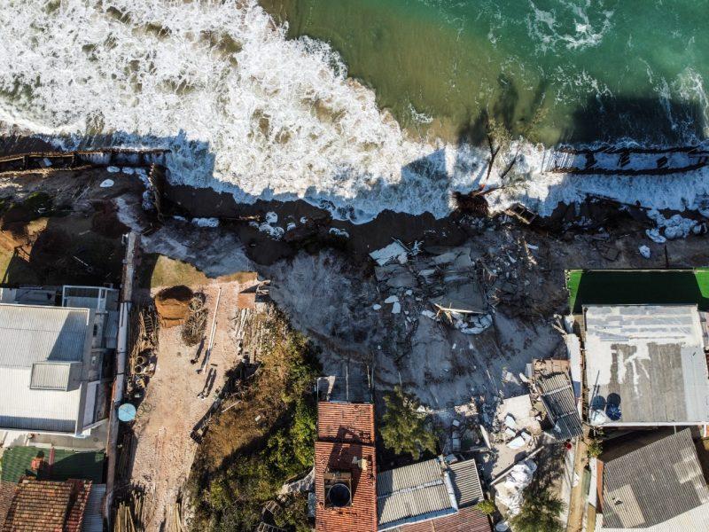 As famílias que tiveram suas casas interditadas por causa dos perigos na estrutura física foram acolhidas por familiares. Ninguém precisou de suporte por parte da Prefeitura de Florianópolis - Anderson Coelho/ND