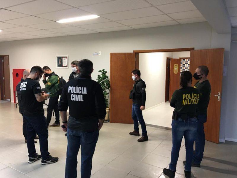 Douglas Borba e Leandro Barros foram presos em nova fase da Operação Oxigênio – Foto: Divulgação/Eduardo Cristófoli