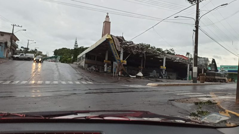 The coverage of this gas station was completely destroyed - Ademir Ludvig / Personal archive / ND